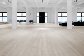 Douglas - Random lengths  by  Dinesen