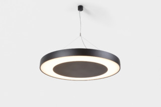 Flat Moon eclips suspended  von   Modular Lighting Instruments