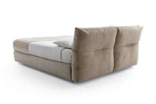 Newbridge Soft  by  Flexform