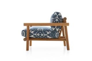 阿雅拿扶手椅by  B&B Italia