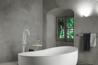 PRIME SUIT bathtub  by  Inbani