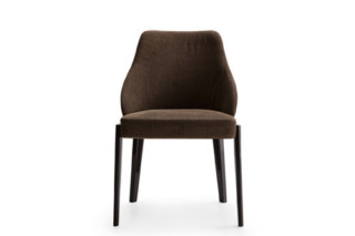 Chelsea chair  by  Molteni&C