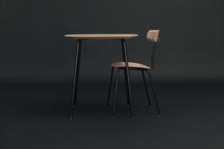 Okito Tisch  von  Zeitraum