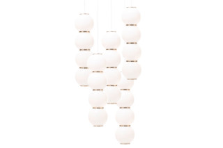 Pearls chandelier 5 lustre  by  Formagenda