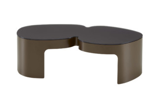 PUKKA coffee table  by  ligne roset