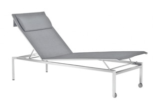Pure lounger  by  solpuri
