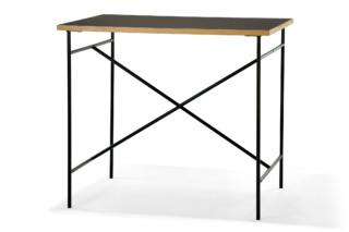 Milla high table 1100  by  Richard Lampert