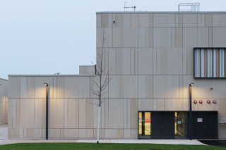 concrete skin, Middle & Highschool Spangdahlem  by  Rieder