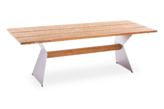 NERO table  by  ​Niehoff Garden