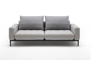 370 TIRA  by  Rolf Benz