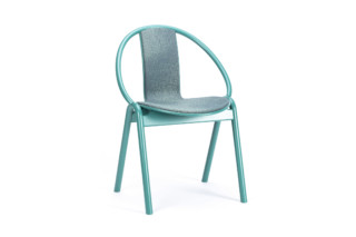 Again chair 314 005  by  TON
