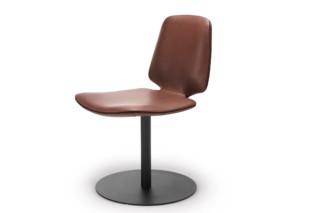 Tilda Chair mit Tellerfuß  von  Freifrau