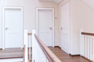 Klassisch elegante echte Stiltür  von  ComTür