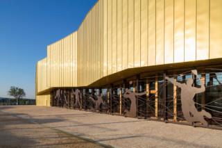 TECU® GOLD, Gymnasium La Fare Les Oliviers, Marseille, Frankreich  von  KME