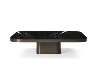 Bow Coffee Table Marble  von  ClassiCon