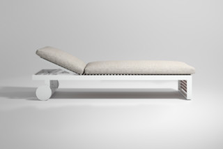 DNA Teak lounger  by  Gandia Blasco