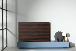Modern Living TV / HI-FI  by  Porro