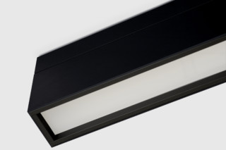 Prologe 80 linear 900 LED  by  Kreon