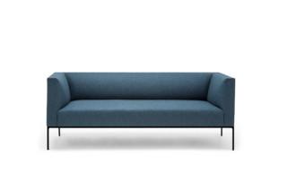 Raglan Sofa  von  Andreu World