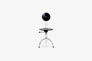 SE 41 Swivel Chair  by  Wilde + Spieth