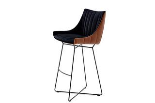 Rubie bar armchair low with wire frame  by  Freifrau