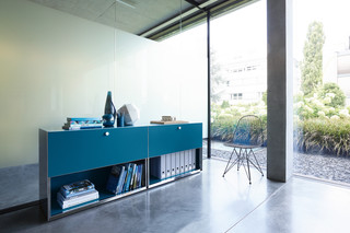 Mesh Office  by  Piure