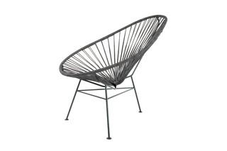 Acapulco Chair Leder Negro  von  ACAPULCO DESIGN