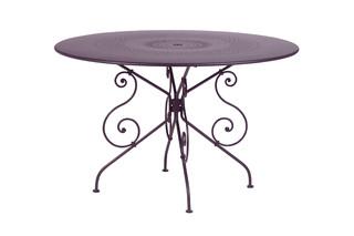 1900 Tisch 117  by  Fermob