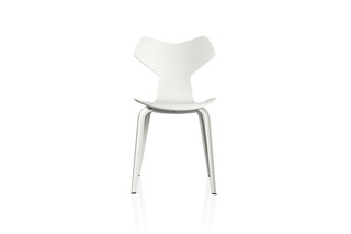 GRAND PRIX™ Chair  by  Fritz Hansen