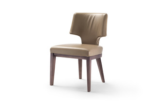Aline  by  Flexform