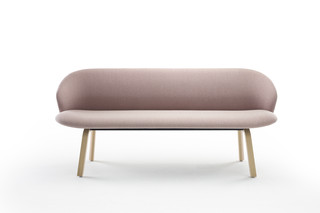 Close Bench  by  Arco