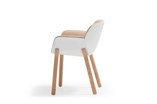 Nuez Chair Holzgestell  von  Andreu World