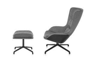 Striad Lounge Chair und Ottoman  von  Herman Miller