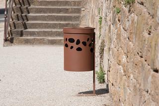 Green Palacio waste basket II  by  CYRIA