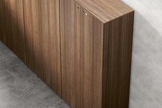 Multipliceo wood veneered  by  Fantoni