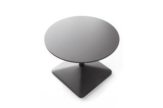 DV300 Colibrì coffee table  by  DVO