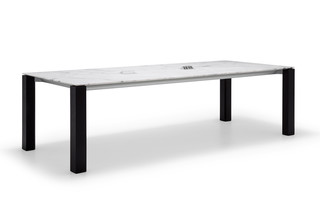 Extra table with marble top  by  Andreu World