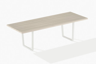 Orizon table  by  Fast