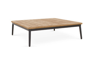 FREEPORT lounge table  by  Niehoff Garden