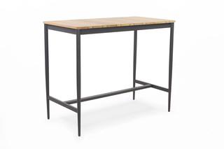 LUNA bar table  by  Niehoff Garden