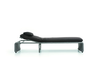 Halley Daybed Outdoor  by  Minotti