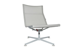 D1 low chair  by  Wagner