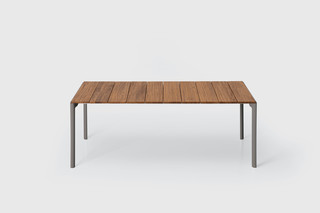 Maki slatted table  by  Kristalia