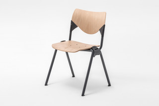 GATE WOOD SQUARE CHAIR  von  Mara
