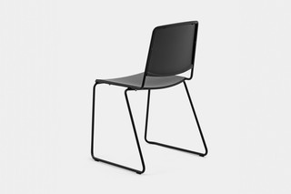 VEA SLED CHAIR  von  Mara
