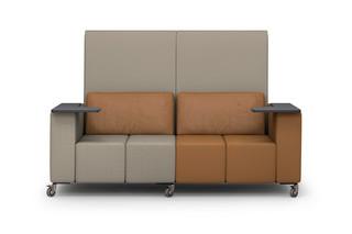 MLQ max Sofa mit 2 Schreibtabletts  von  modul21