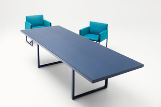 Portofino dining table  by  Paola Lenti