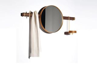 Ren Spiegel Wandgarderobe  von  Poltrona Frau