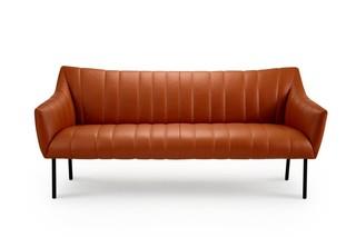 Rubie Lounge Couch  by  Freifrau