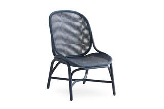 Frames Sessel mit niedriger Rückenlehne und Rattan-Beinen T052 R  von  Expormim